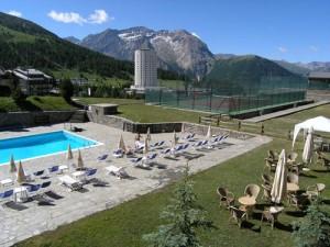 esterno2-300x225 6- Europe Properties- Luxury Hotel for sale in Italian Alps